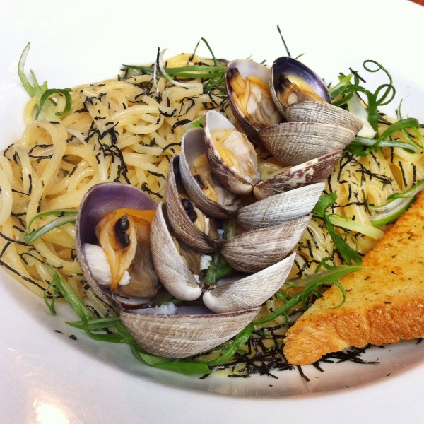 shiso tree cafe vongole pasta